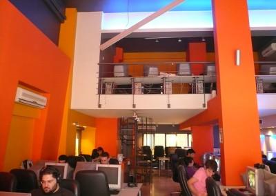 """Internet Cafe """" WEB  ARENA"""" στη Nεα Σμύρνη – 2004"""